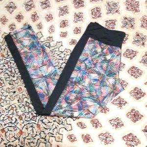 3 for $15 💚💚 Colorful Patterned Leggings